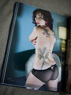 tattoo girls spread 3sm